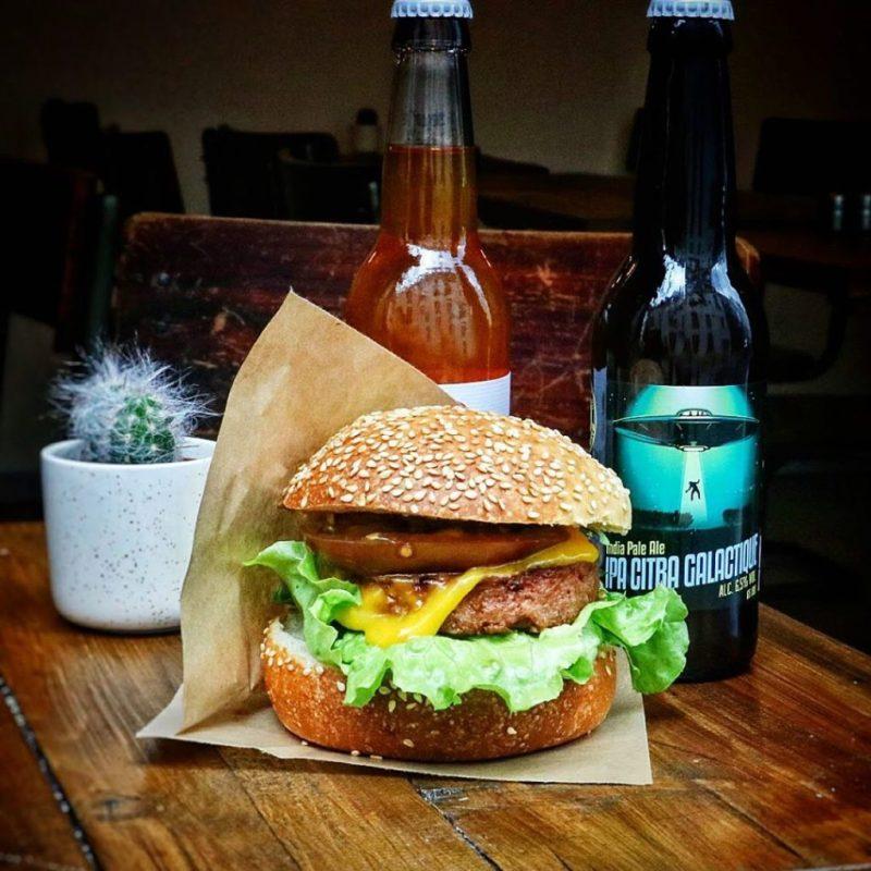 Hamburger Restaurantes Veganos em Paris