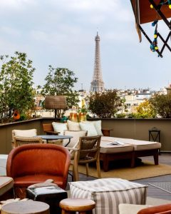 Rooftops com vista para os telhados de Paris