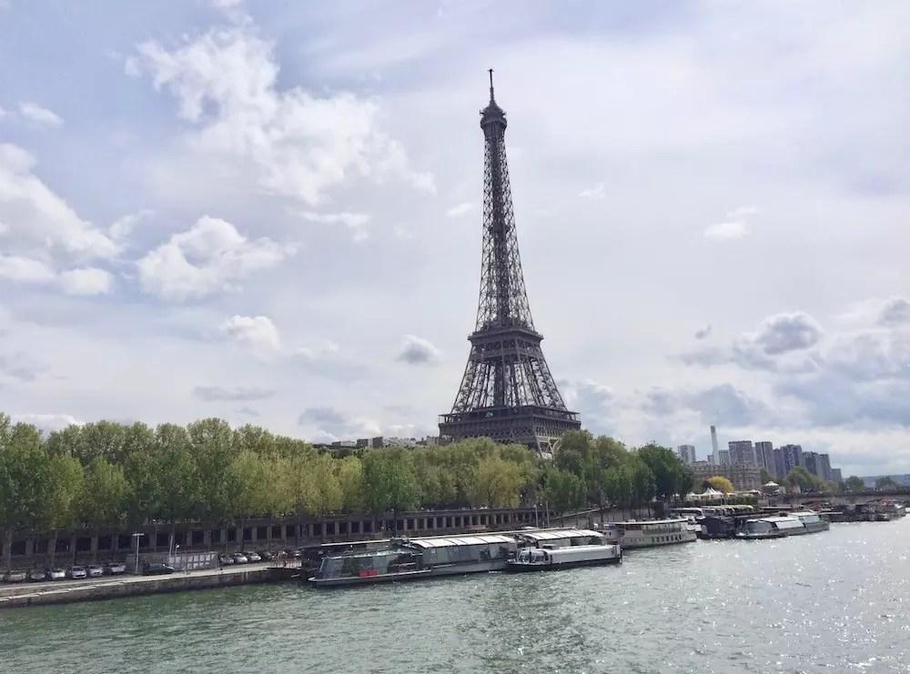 Jak się spakować na wyjazd do Paryża