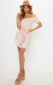 How-to-wear-off-shoulder-dress-nude-light-brown-beige-bardot-frill-button-front-a-line-dress-light-pink-white-yellow-dress-Paris-Chic-Style-Lookbook-Fashion-OOTD-Streetstyle-9