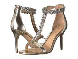 What Color Shoes To Wear With A Red Dress Gold Shoes With A Red Dress Jewel Badgley Mischka Janna Paris Chic Style 3