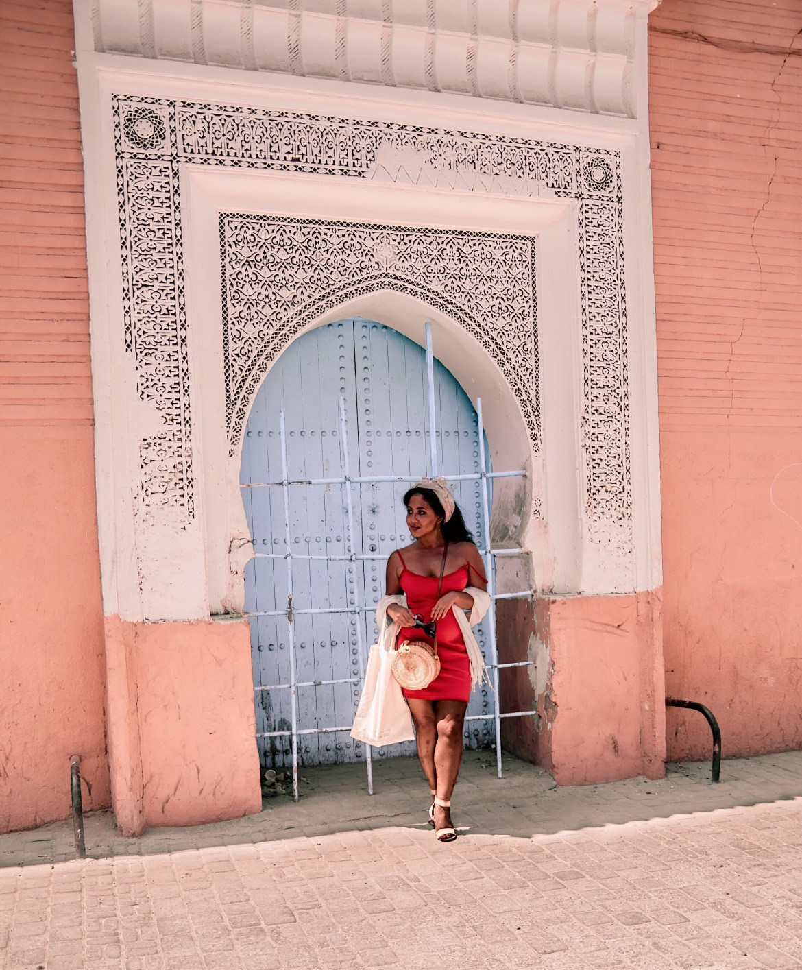 What-Color-Shoes-To-Wear-With-A-Red-Dress-How-To-Wear-A-Summer-Red-Dress-What-To-Wear-In-Morocco-Marrakech-Paris-Chic-Style-2