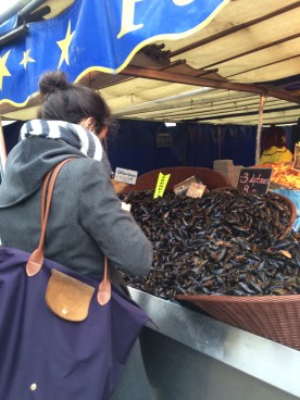 Annie picking out the perfect mussels
