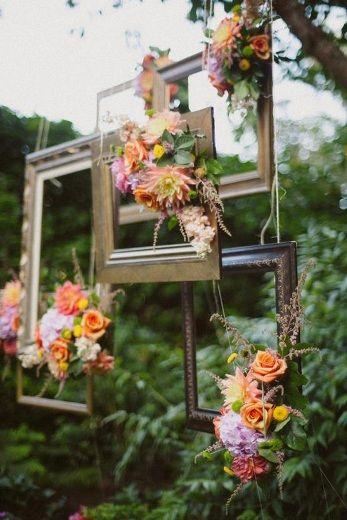 Thème-mariage-champêtre-cadres-fleurs