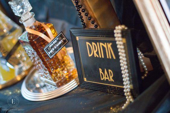 Thème-mariage-années-folles-wiskey-bar