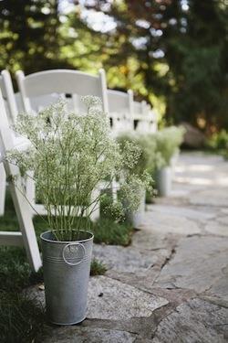 Thème-mariage-tout-blanc-fleurs-gypsophiles