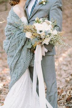 Thème-mariage-hivernal-couvertures-gilet-mariés