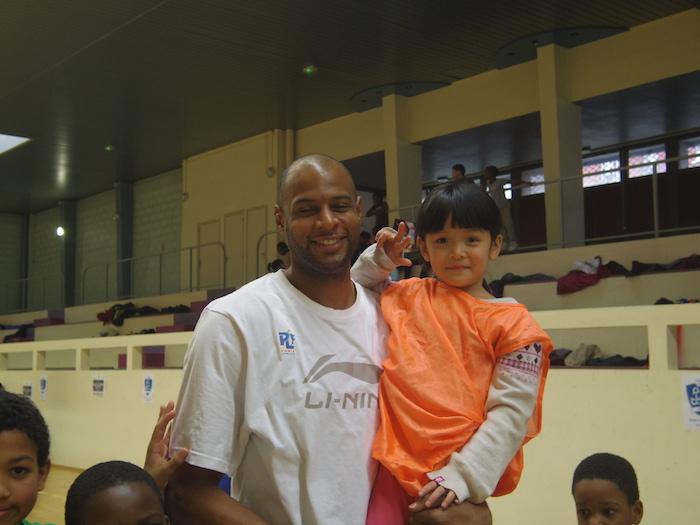 350 gamins du 20ème à la rencontre du Paris-Levallois