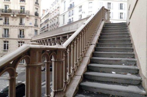escalier-menant-de-la-rue-portalis-a-la-rue-du-rocher-75008-