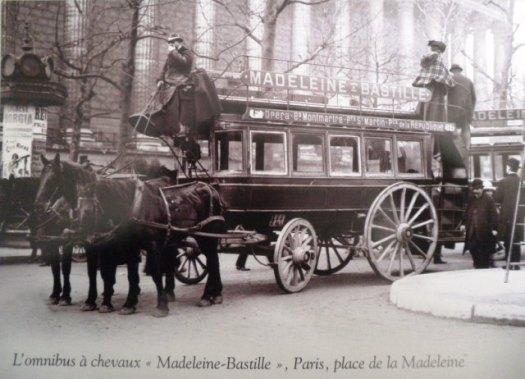 L'omnibus à chevaux Madeleine Bastille, Paris, Place de la Madeleine