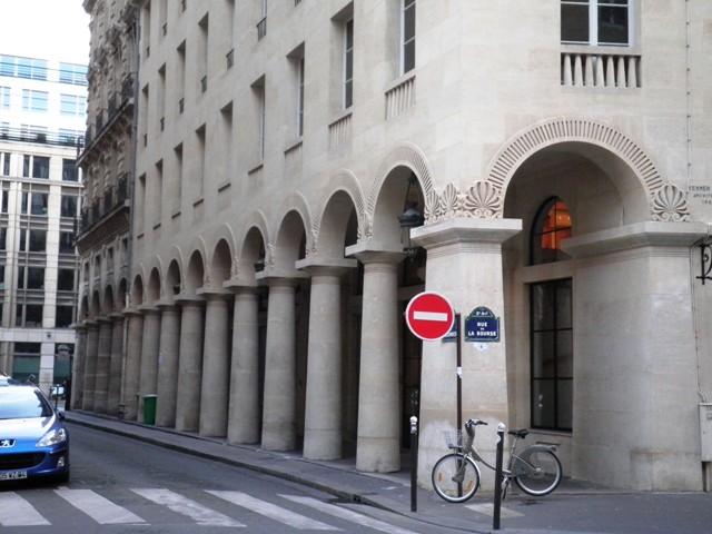 Rue des Colonnes