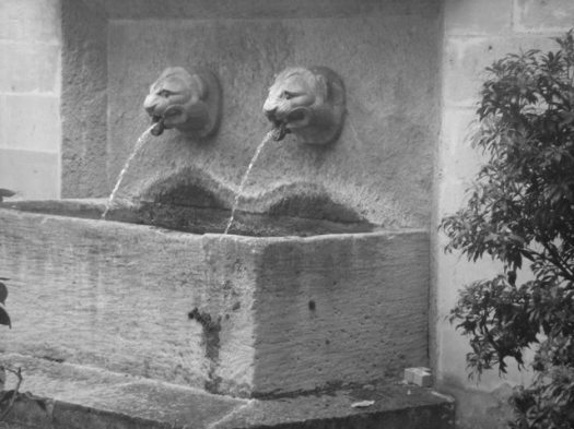 Fontaine de la Rue des Ursins