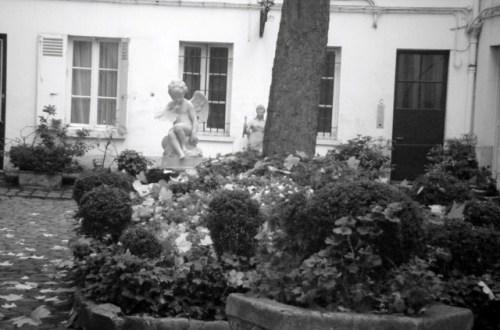 Cour du 22 Rue Monsieur Le Prince (1)