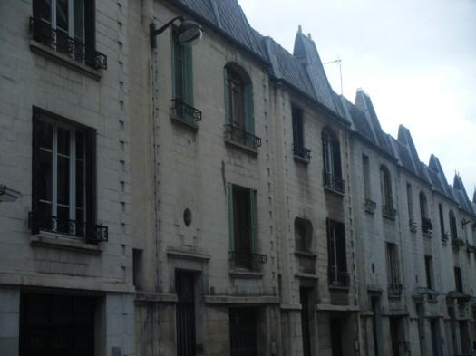 Rue Santos Dumont
