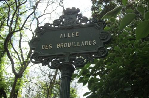 Allée et Château des Brouillards à Montmartre