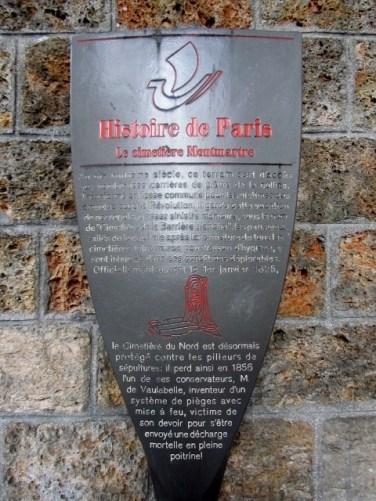 Panneaux « Histoire de Paris » par Philippe Starck