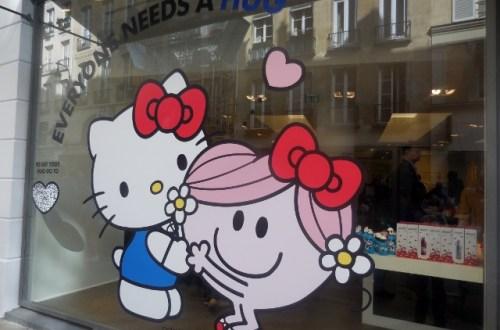 Madame Câlin et Hello Kitty
