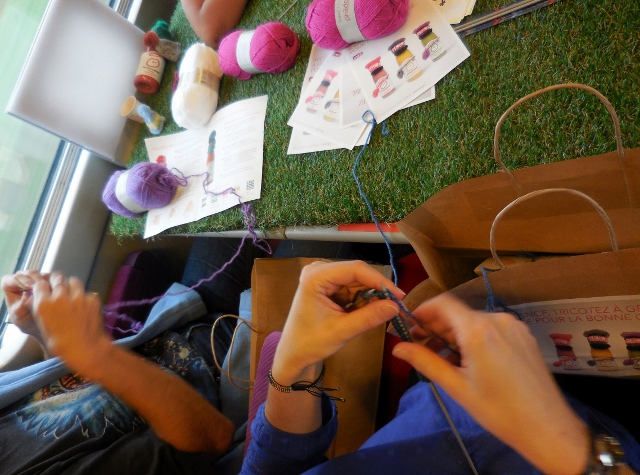 Innocent Tricoter à Grande Vitesse