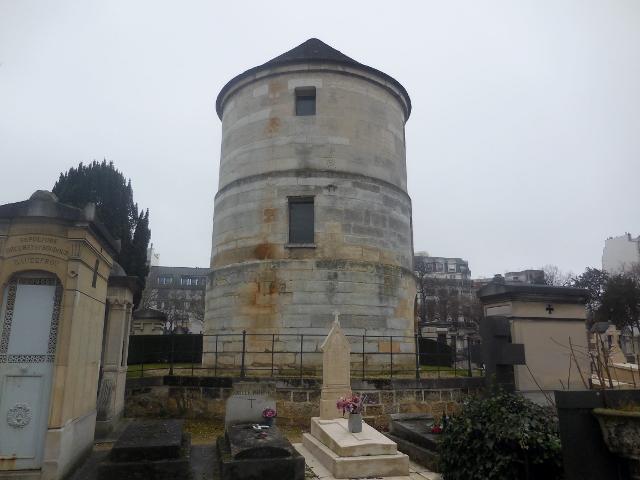Le Moulin de la Charité au Cimetière du Montparnasse