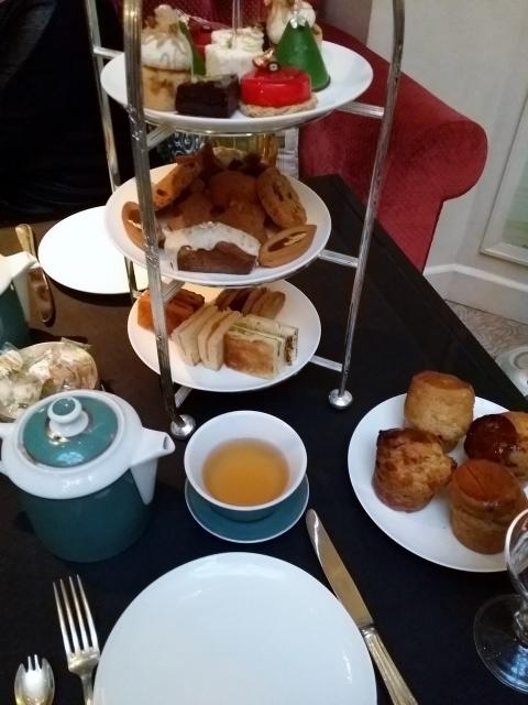 Tea-time au Shangri-La Hotel