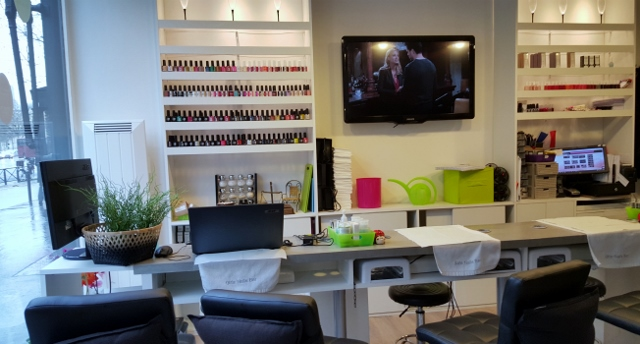 Girls Nails Bar (1)