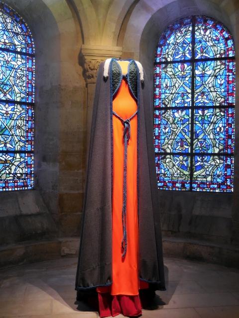 Les grandes robes royales de Lamyne M (7)