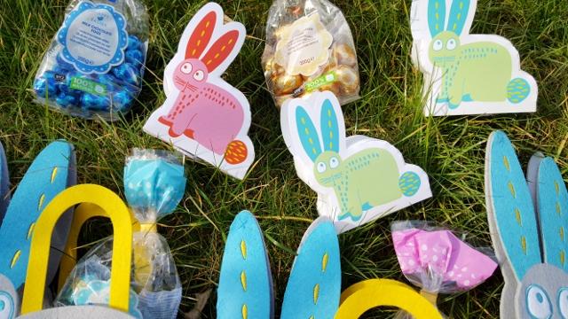 Enfants à Pâques œufs équipement Hema (2)
