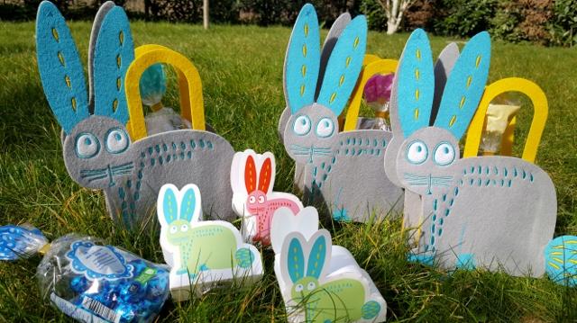 Enfants à Pâques œufs équipement Hema (6)