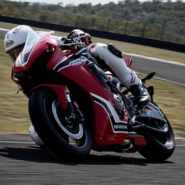 image 01 Honda CBR-1000RR Paris Nord Moto