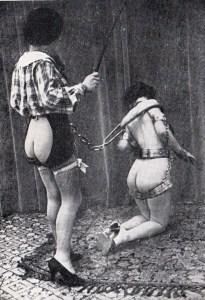 Sous La Jupe Couvre-Feu 1933_0018
