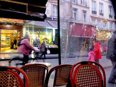 Rue Montorgueil in Paris: traditional and idyllic.