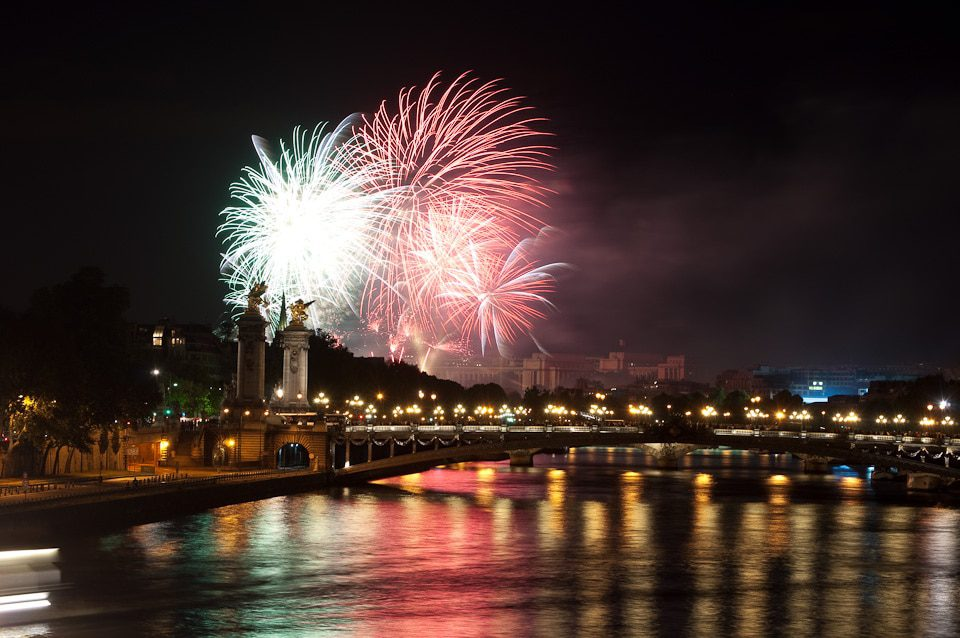 Fireworks in Paris on Bastille Day, 2010. Image credit: Joshua Veitch-Michaelis/Creative Commons