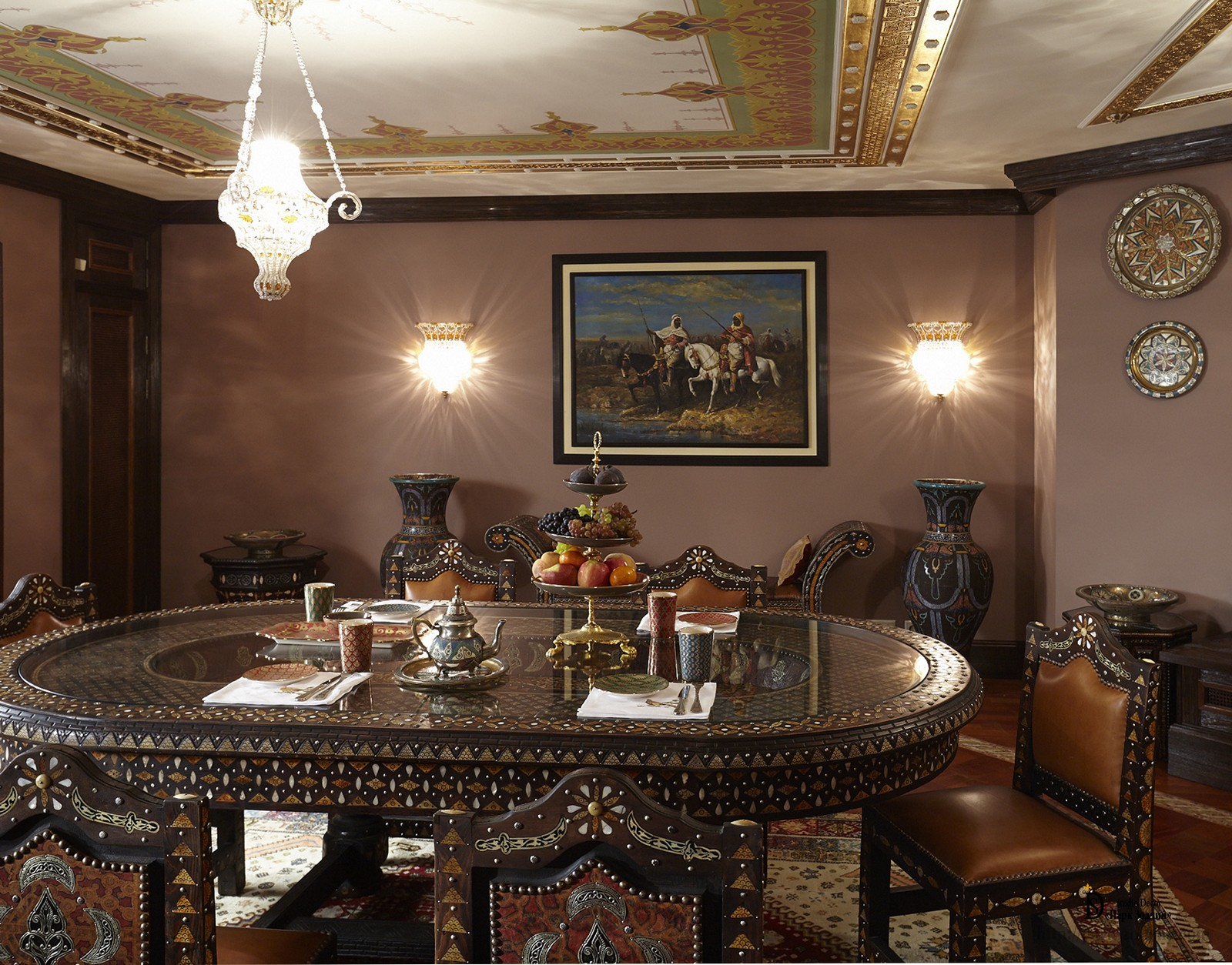 Living Room In The Moroccan Style With Ornamental Painting