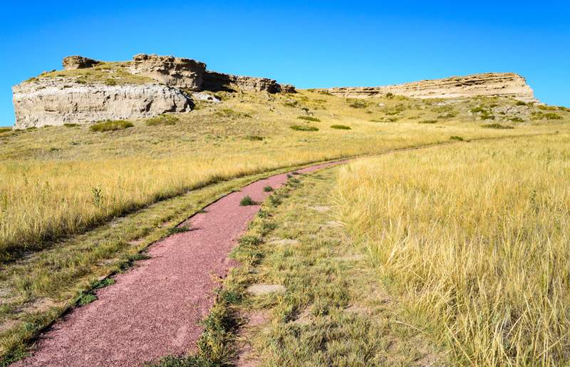 hiking trail at the agate fossil beds national monument in nebraska run by the park service