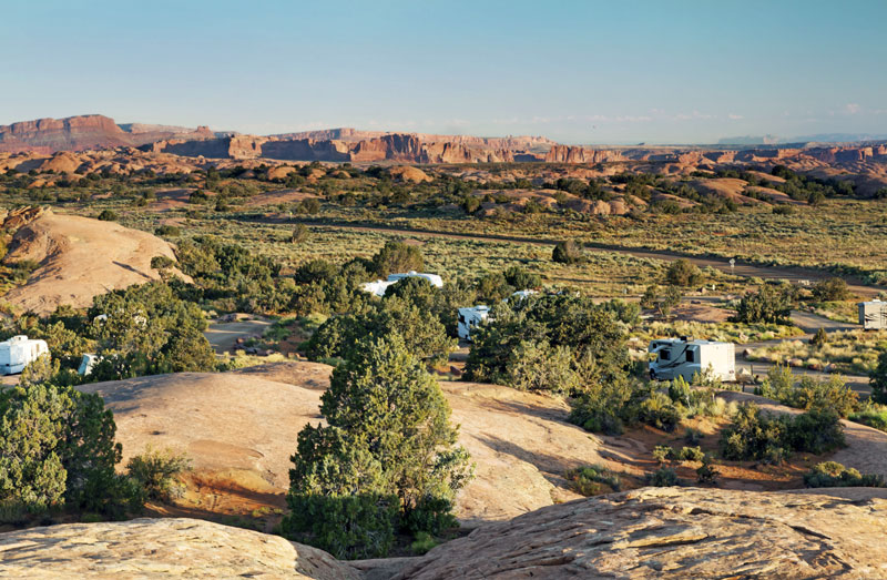 rv camping at devils garden campground in arches national park