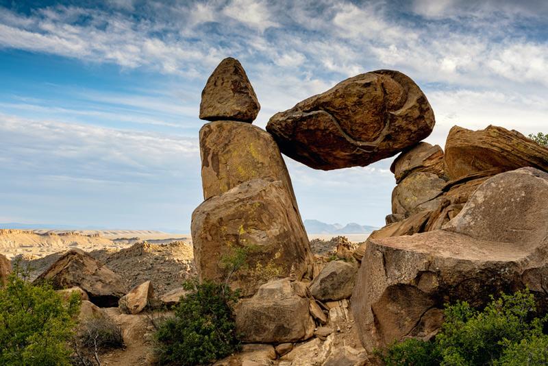 balanced rock in big bend national park