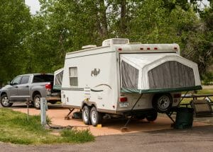 Using A Stabilizer On A Travel Trailer In The Campground