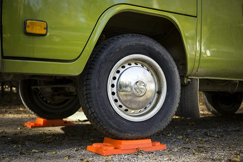 Camper van wheel leveling blocks