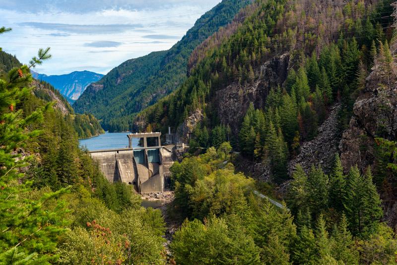 cascades gorge dam in the north cascades