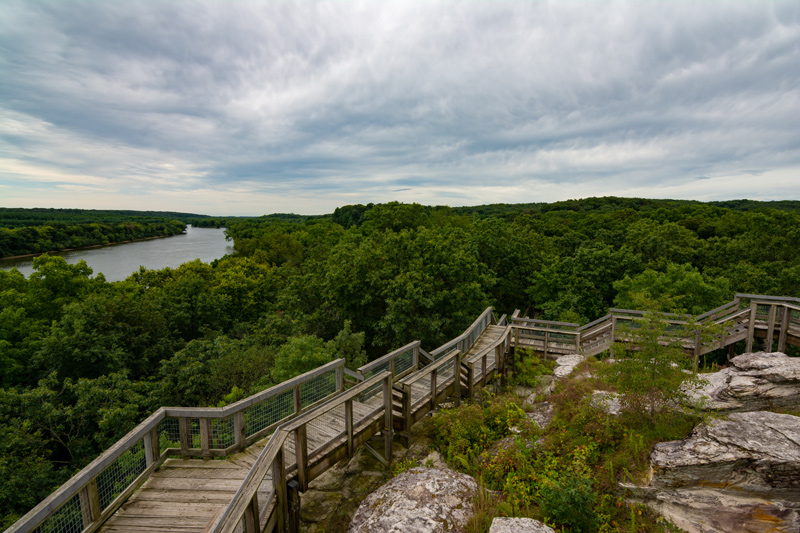 Canoe and kayak camping in Castle Rock State Park, Northern Illinois