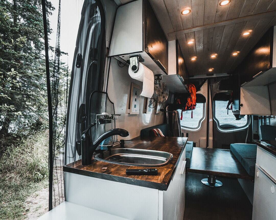 diy mercedes van conversion