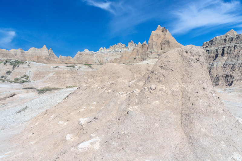 fossil exhibit trail in badlands national park