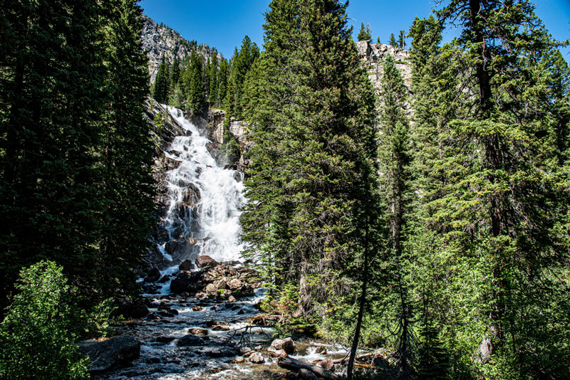 hike to hidden falls on the way to inspiration point in grand teton