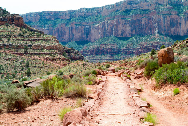 hiking down the north kaibab trail in the grand canyon national park