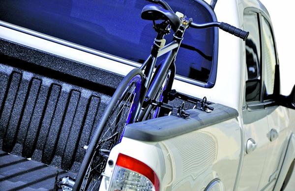 INNO clamping truck bike rack
