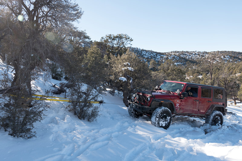 portable winch for recovery when jeeping