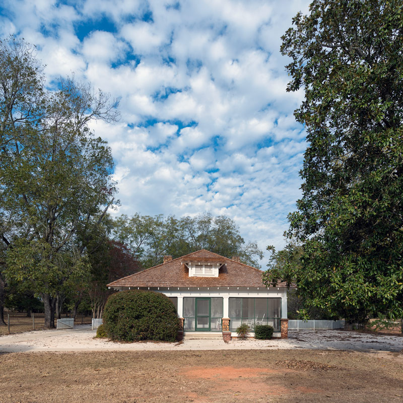 jimmy carter boyhood home and national histroic site in a park