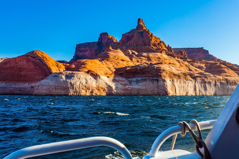 boating on lake powell in the glen canyon recreation area