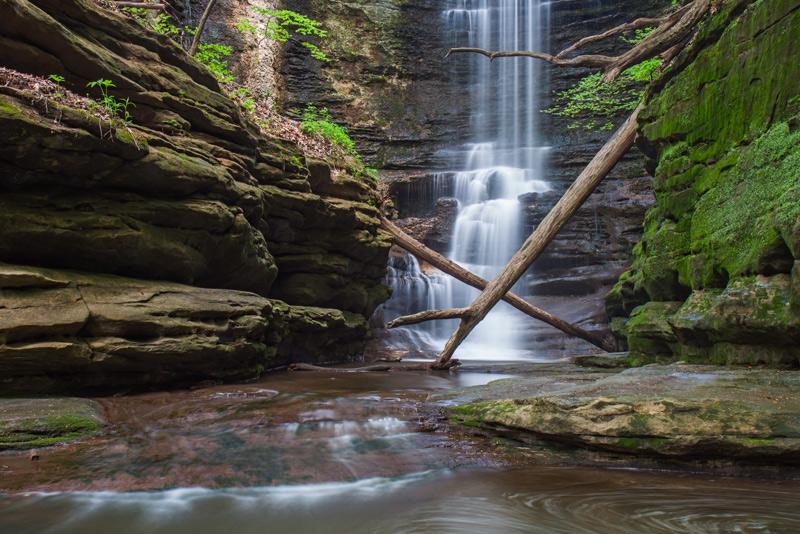 Waterfall in Matthiessen State Park