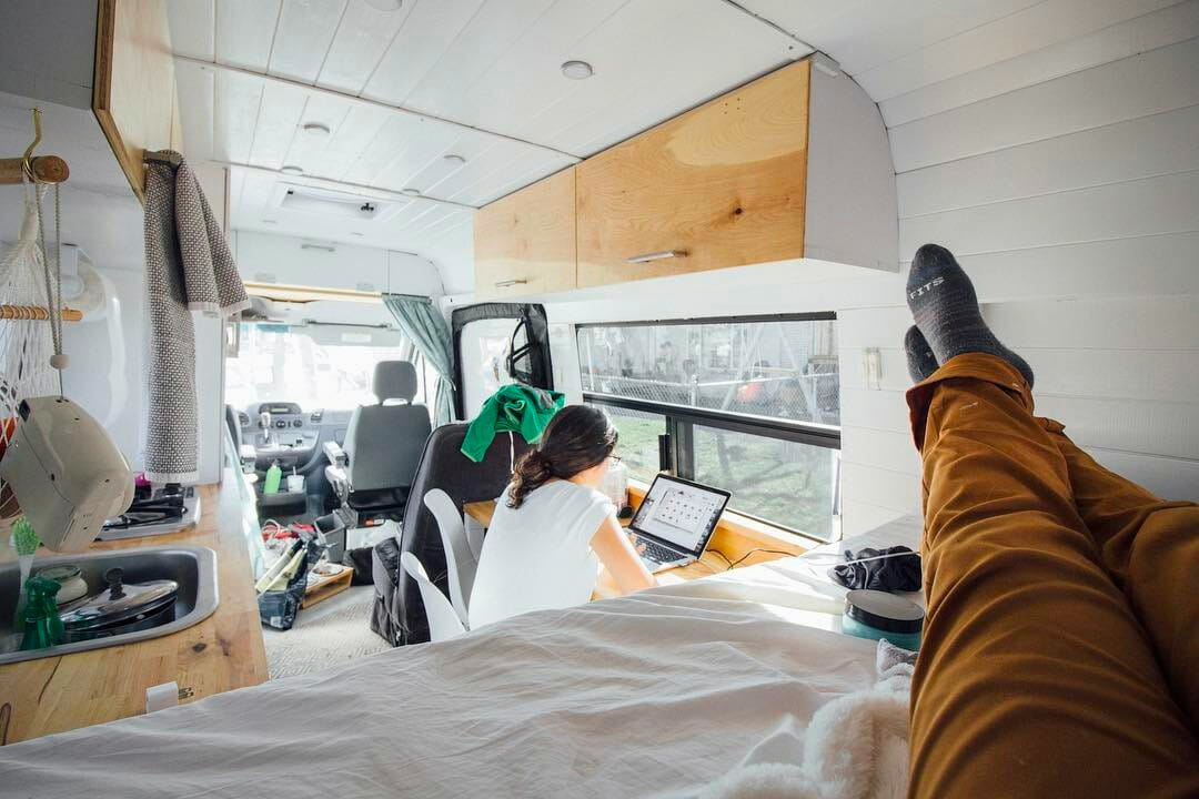 work on the road in a camper like a digital nomad